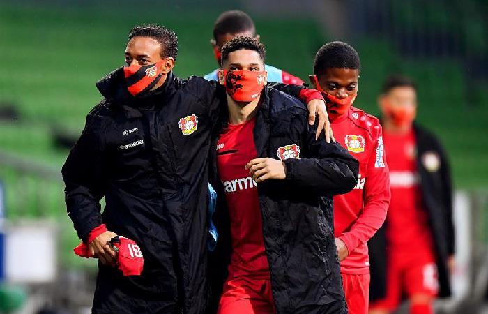 Jugadores del equipo Bayer Leverkusen. Foto: EFE