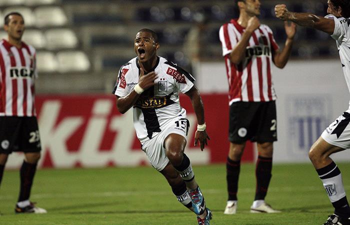 Alianza Lima goleó con hat-trick de Wilmer Aguirre. Foto: Andina