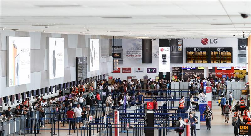 Julio sería el mes indicado para que aerolíneas vuelvan a operar. Foto: Andina
