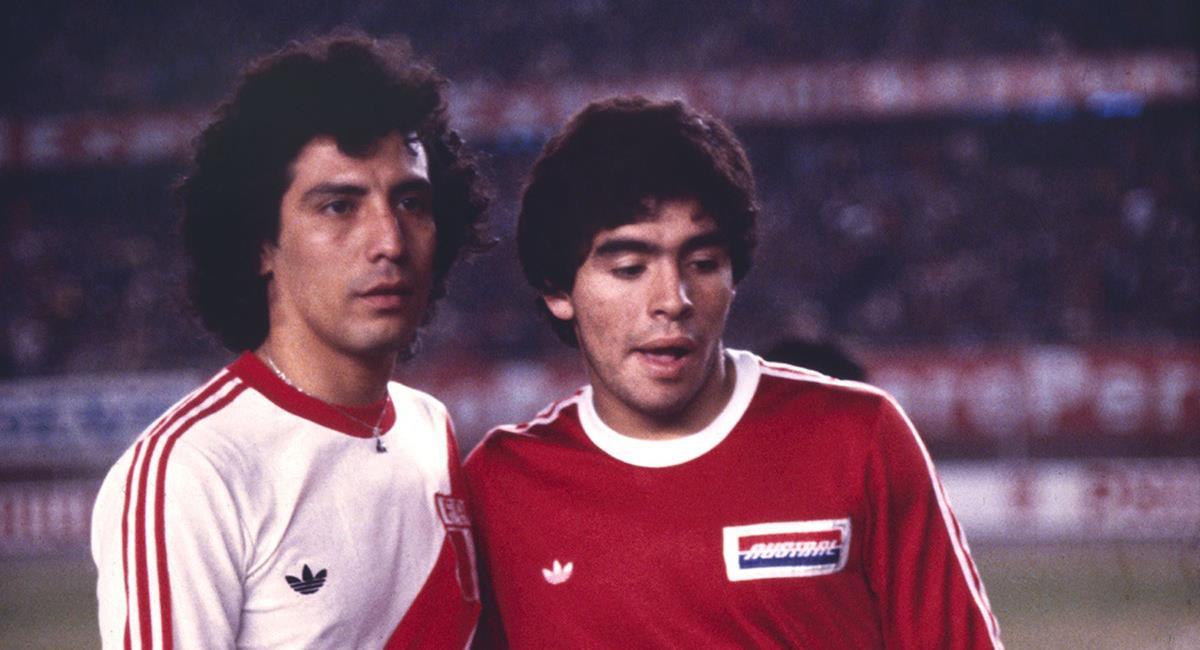César Cueto y Diego Maradona. Foto: Andina