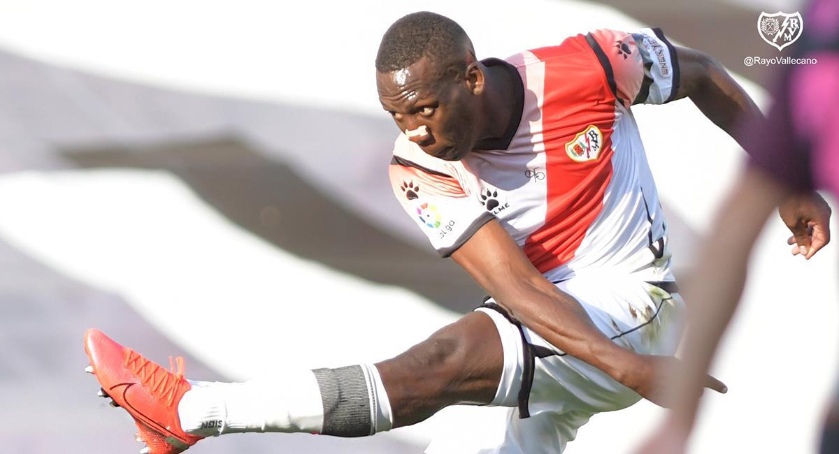 Luis Advíncula titular en empate del Rayo Vallecano. Foto: Club Rayo Vallecano