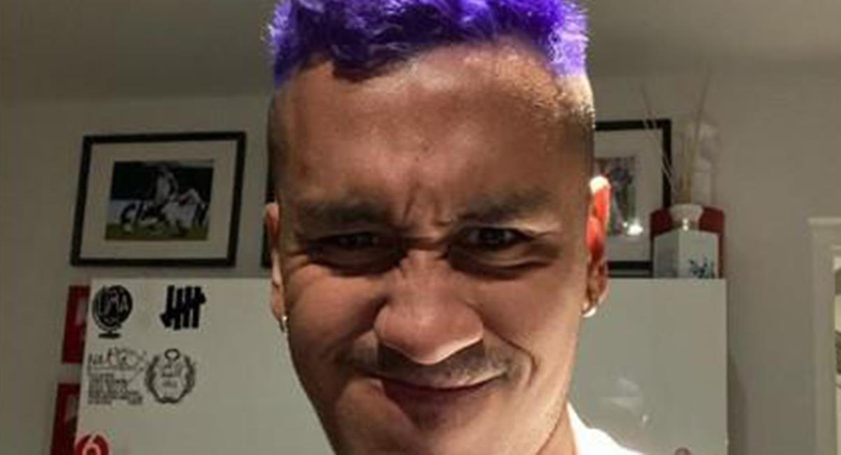 Renato Tapia se pintó el cabello de violeta. Foto: Instagram Renato Tapia