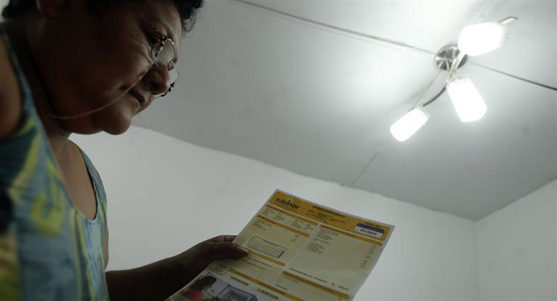 Bono Electricidad ayudará al pago de los servicios. Foto: Andina