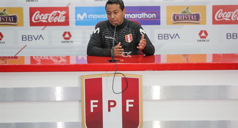 Nolberto Solano es actual asistente técnico de Ricardo Gareca. Foto: Andina