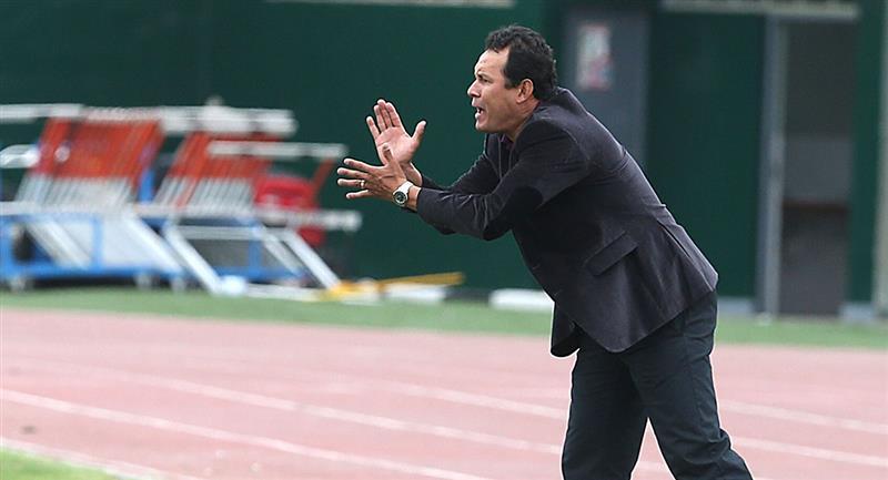 Juan Reynoso dirigió a cinco clubes del torneo peruano. Foto: Andina