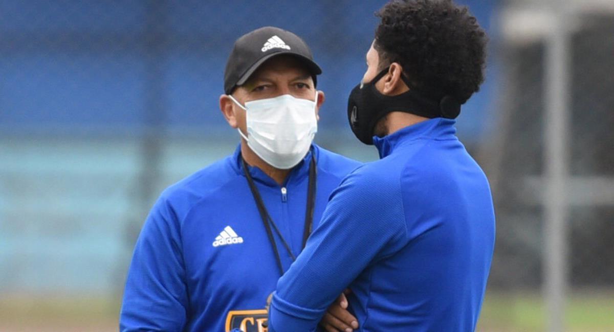 Roberto Mosquera y sus primeras impresiones tras entrenamiento en La Florida. Foto: Club Sporting Cristal