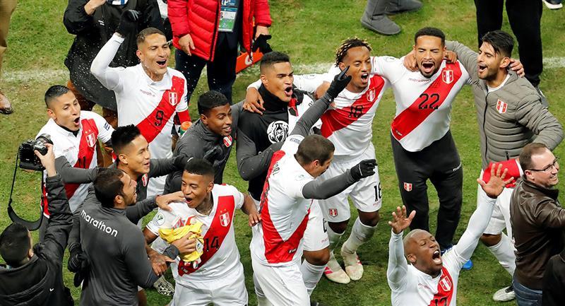 Selección Peruana tras clasificar a la final de la Copa América 2019. Foto: EFE