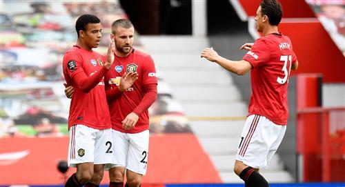 Manchester golea y se mete en zona de Champions, por ahora