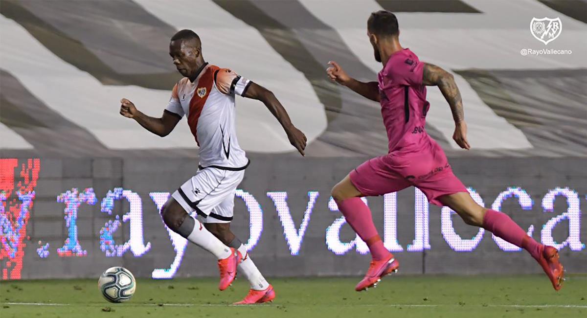 Advíncula ingresó en el segundo tiempo cuando el partido iba 1-1. Foto: Club Rayo Vallecano