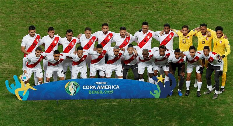 Jugadores de la Selección Peruana en la final de Copa América. Foto: EFE