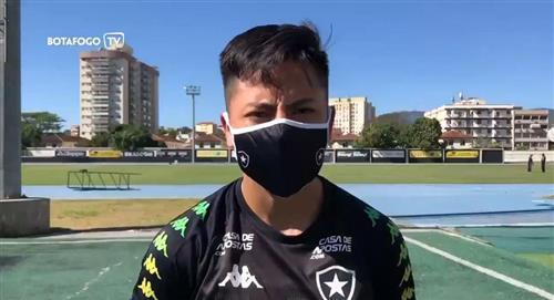 Alexander Lecaros rompió su silencio en Brasil para dar a conocer su presente en Botafogo (VIDEO)