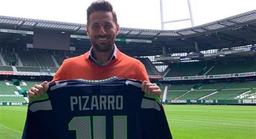 Caudio Pizarro y su emotiva foto con el Werder Bremen