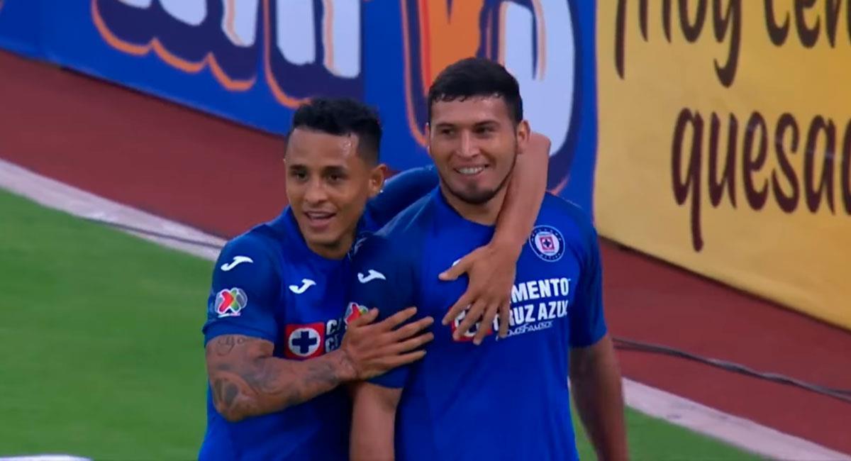 El paraguayo Juan Escobar marcó el único gol del partido tras pase de Yotún. Foto: Youtube