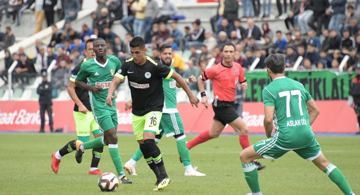 Paolo Hurtado se vuelve a lesionar en Konyaspor. Foto: Andina