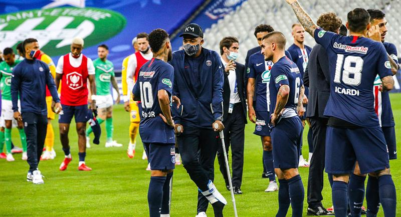Kylian Mbappé es duda para el reinicio de la Champions League. Foto: Twitter PSG