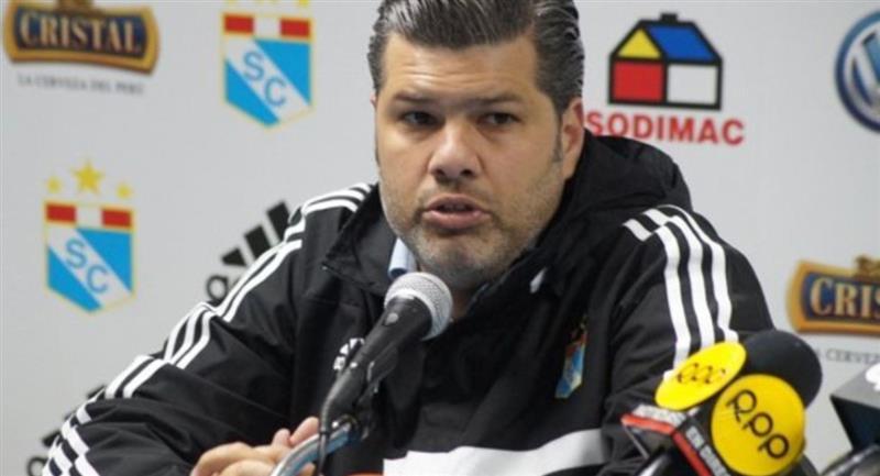 'Chino' Benavides tendrá un nuevo cargo en el Club Bolívar. Foto: Andina