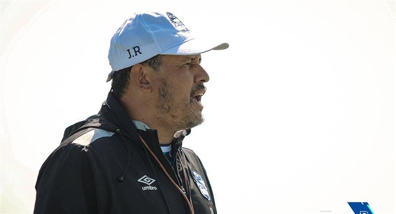 Juan Reynoso molesto por el empate conseguido el último viernes. Foto: Twitter @ClubPueblaMX