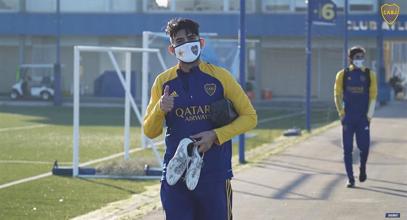 Carlos Zambrano volvió a entrenamientos del cuadro 'xeneize'. Foto: Twitter Boca Juniors