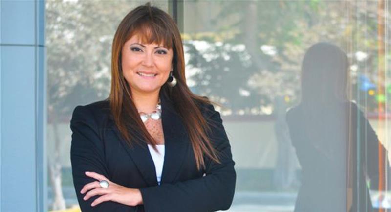 Sonia Alva cumplirá el cargo de administradora en Universitario. Foto: Facebook Alva Legal