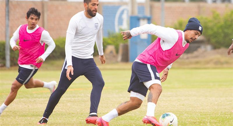 Patricio Rubio quiere ser el goleador de Alianza Lima esta temporada. Foto: Twitter Club Alianza Lima