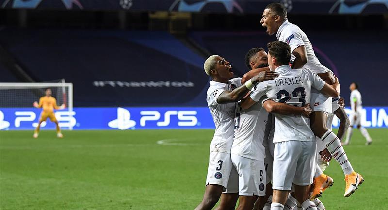 PSG venció al Atalanta en apenas dos minutos del descuento. Foto: EFE