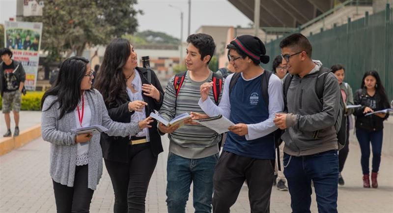 Prohibido reuniones familiares y sociales en el Perú. Foto: Andina / Minedu