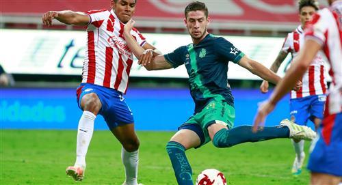 Santiago Ormeño: padre del delantero quiere que juegue por México