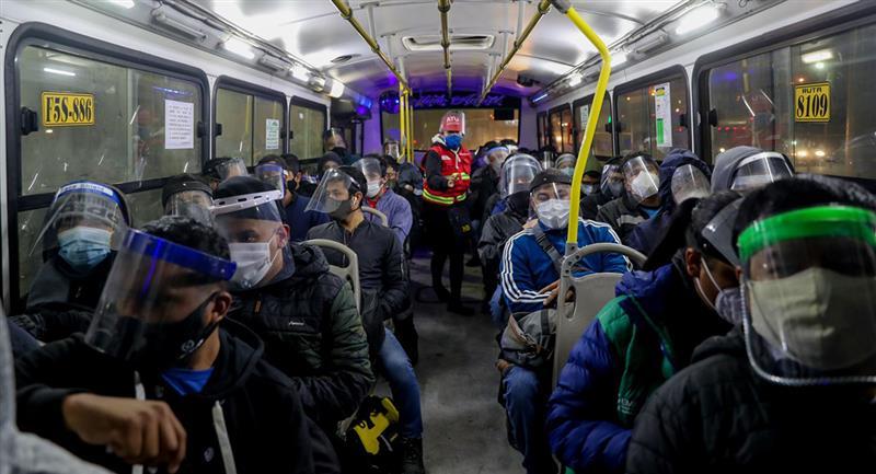 Transportes tendrán horarios los días domingos. Foto: Andina