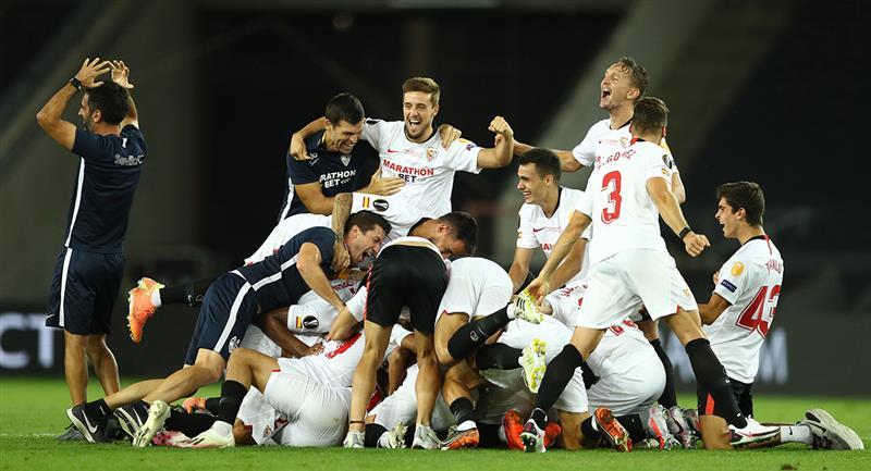 Sevila logra su sexto trofeo de campeón de Europa League. Foto: EFE Difusión