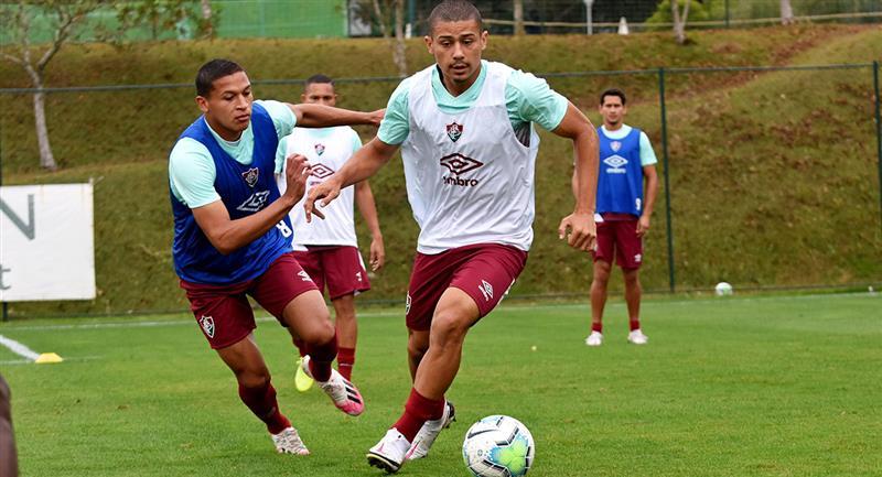 Fernando Pacheco entrena con Fluminense. Foto: Twitter @FluminenseFC