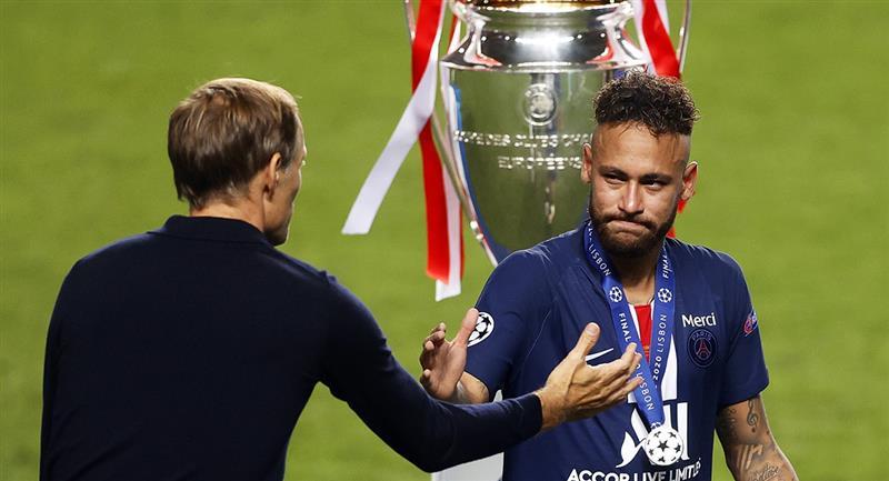 Neymar y el llanto tras perder la final. Foto: EFE