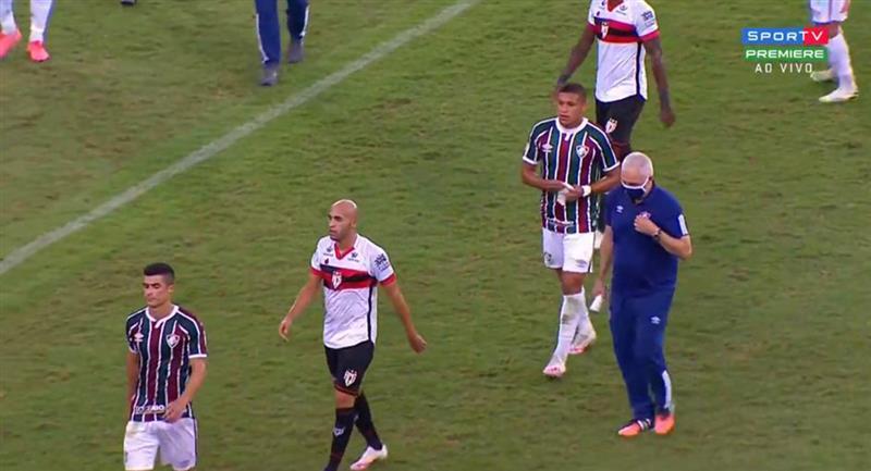 Fernando Pacheco ingresó a los 81 minutos. Foto: Twitter @peruanos_mundo