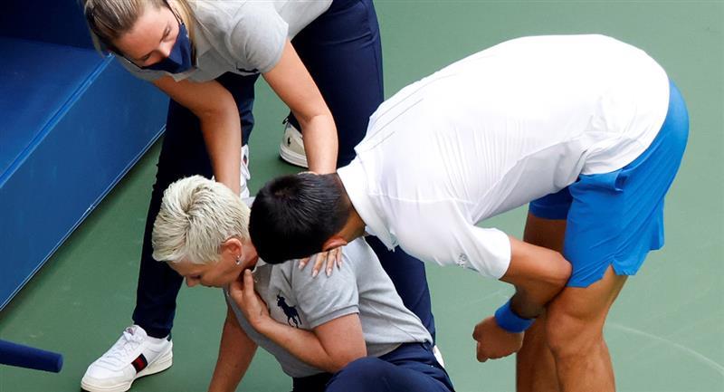 Novak Djokovic le dice adiós al US Open 2020. Foto: EFE
