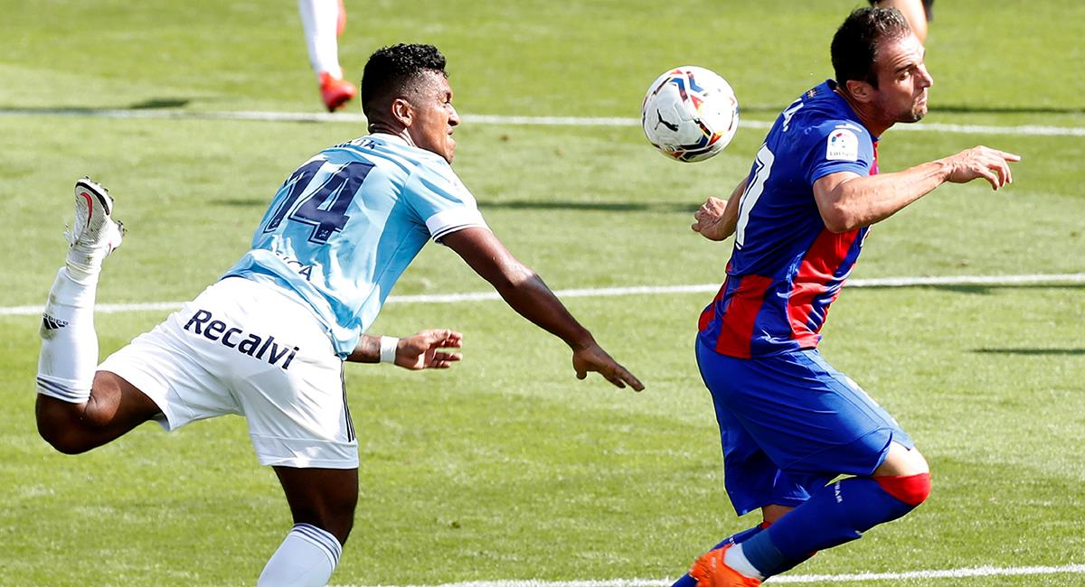 Renato Tapia titular en duelo entre Eibar vs Celta. Foto: EFE
