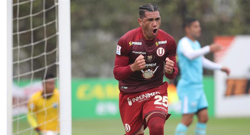 Dos Santos anotó el único gol del partido. Foto: Prensa FPF
