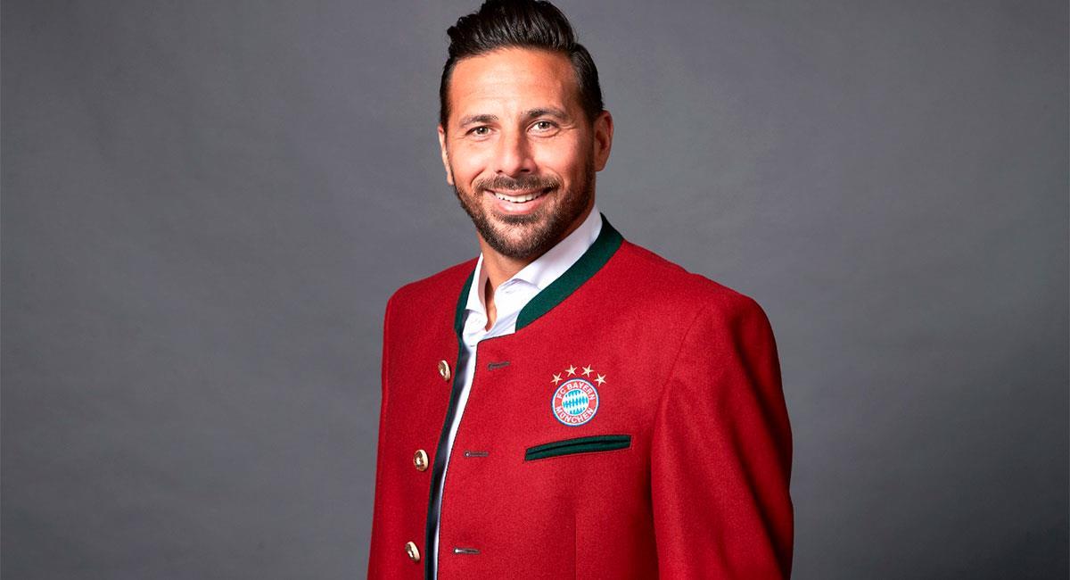 Claudio Pizarro embajador del Bayern Munich. Foto: Twitter @pizarrinha