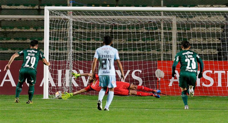 Palmeiras ganó con autoridad en Bolivia. Foto: EFE
