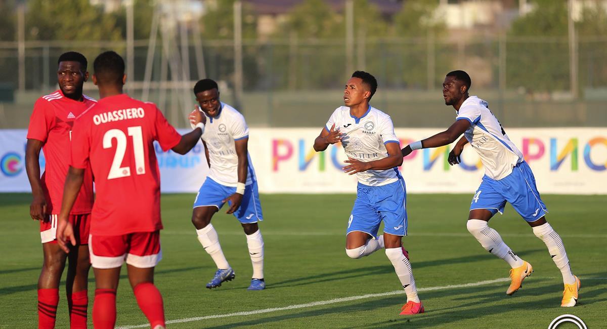 Jeisson Martínez tuvo un debut de ensueño con Ararat-Armenia. Foto: Twitter @fanaticospe