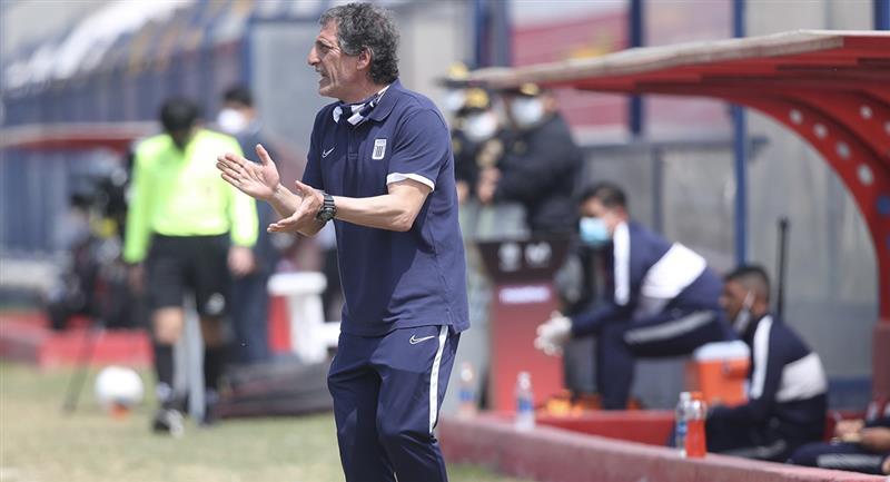Mario Salas destacó la actitud de sus dirigidos. Foto: Prensa FPF