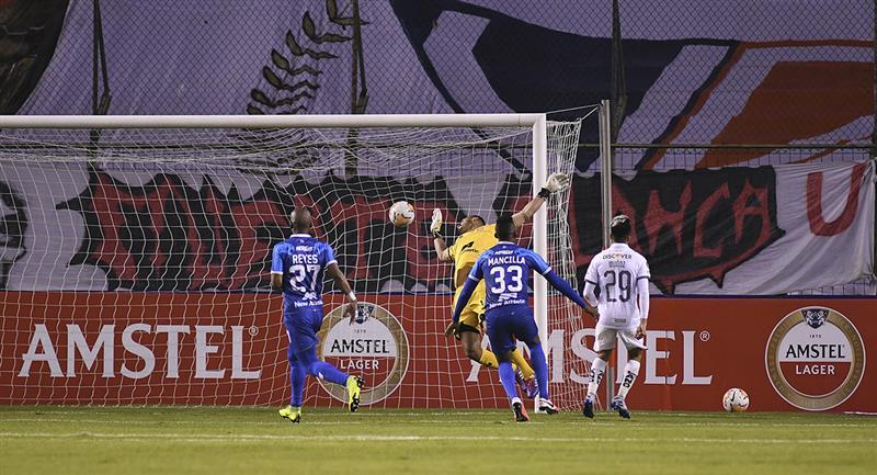 Binacional sufrió una nueva goleada ante LDU de Quito. Foto: Twitter @Libertadores