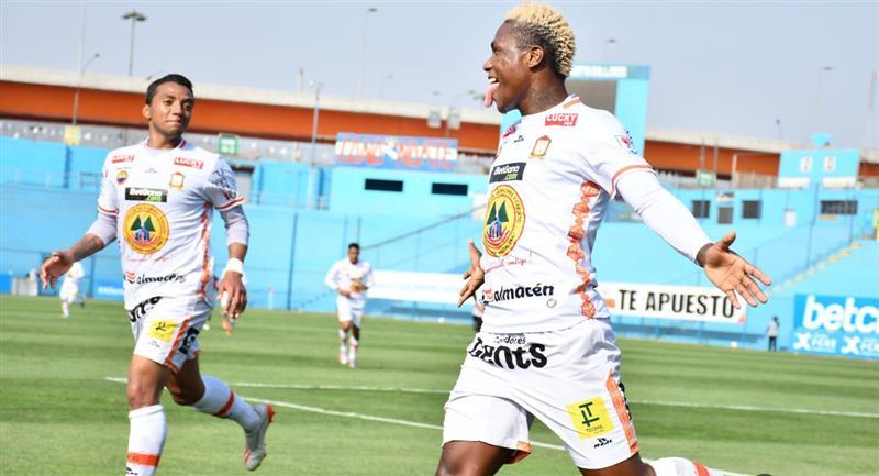 Celebración de Ayacucho FC por abrir el marcador ante Cusco FC. Foto: Prensa de la FPF