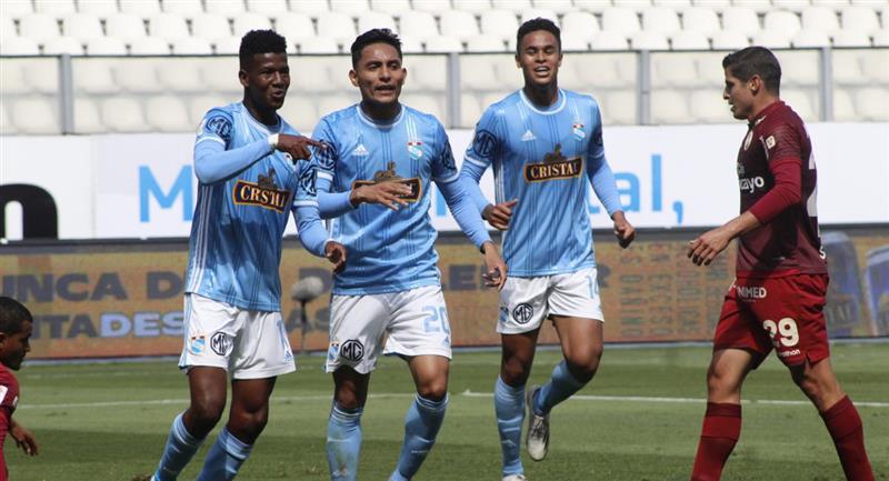 Sporting Cristal celebrando el gol marcado a Universitario de Deportes. Foto: Prensa de la FPF