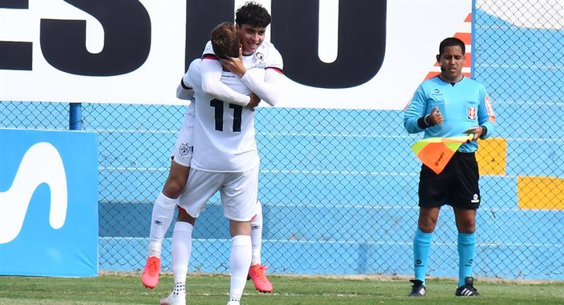 Franco Zanelatto marcó el primero a los dos minutos. Foto: Prensa FPF