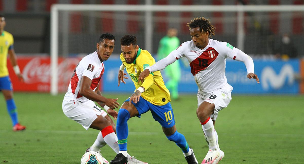 Neymar fue protagonista de los dos penales a favor de Brasil. Foto: Prensa FPF