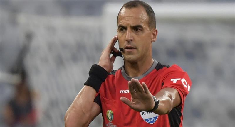 Esteban Ostojich es el árbitro que dirigirá el Perú vs Chile en Santiago. Foto: Web Copa Libertadores