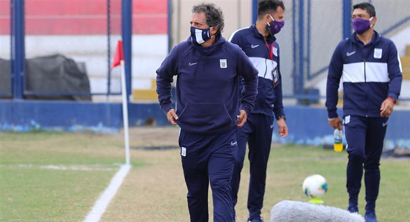 Mario Salas enfatizó mucho el tema de estilo de juego de Alianza Lima. Foto: Prensa FPF
