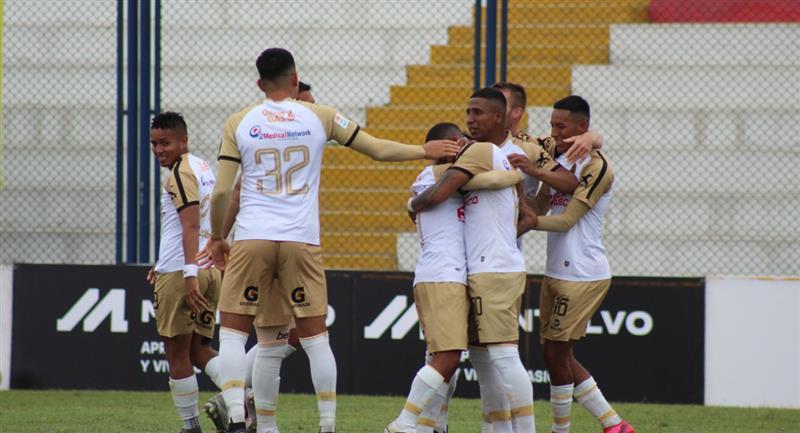Ray Sandoval anotó uno de los tantos de Cusco FC. Foto: Prensa FPF
