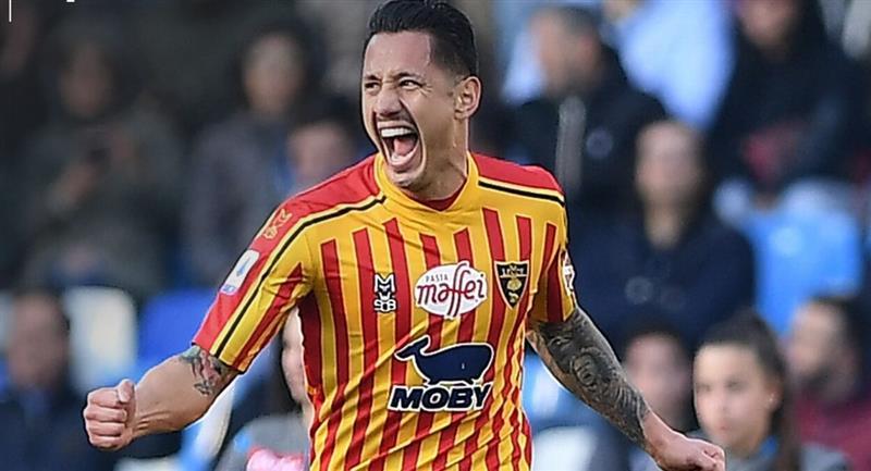 Gianluca Lapadula listo para jugar por la Selección Peruana. Foto: Club Lecce