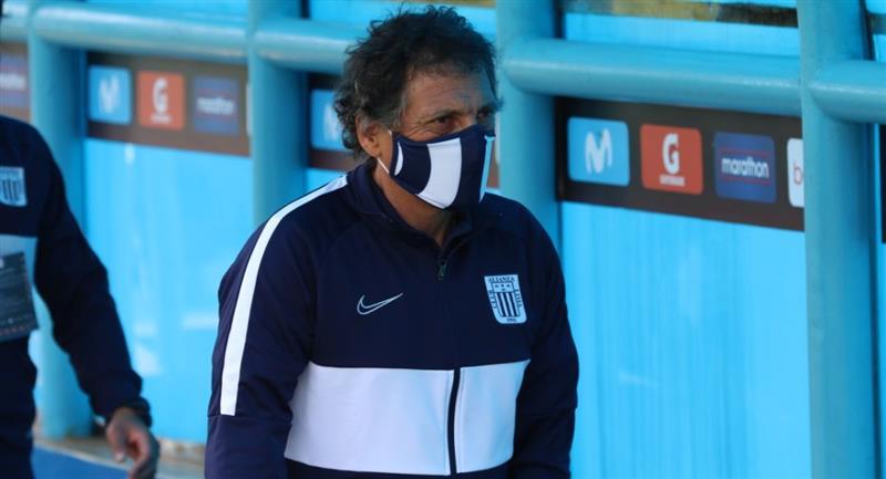 Mario Salas ya no es entrenador de Alianza Lima. Foto: Prensa de la FPF