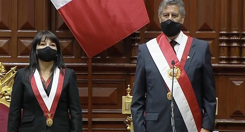 Perú: Francisco Sagasti juramentó como nuevo Presidente de la República